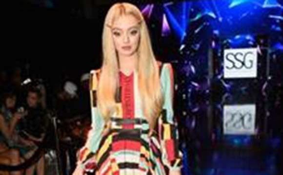 Savannah Kennick attends LA Fashion Week powered by Art Hearts Fashion